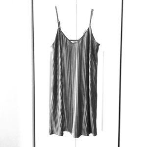Jack by BB Dakota Silver pleated velvet slip dress